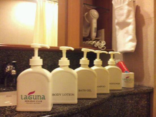 Laguna Holiday Club Phuket Resort: Shampoo, Shower gel, Lotion, Handwash, Hair conditioner