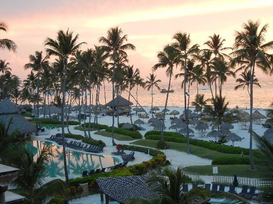 Now Larimar Punta Cana: great sunrises from our room