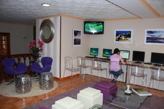 Hotel Delfin Azul: Salon Social