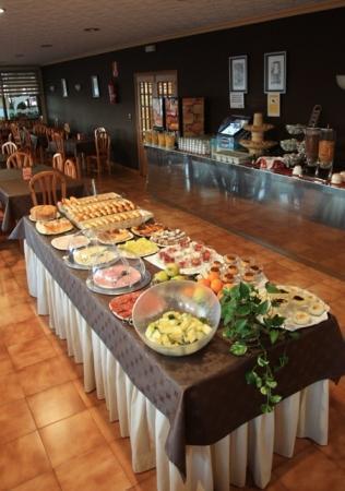 Hotel Delfin Azul: Desayuno Buffet