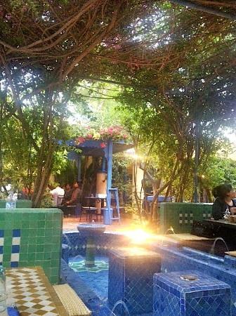 Restaurant Cafe La SQALA : courtyard view