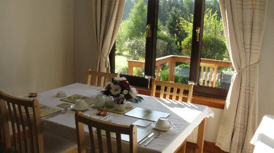 Mavisburn Bed & Breakfast: Fühstücks-/Aufenthaltsraum