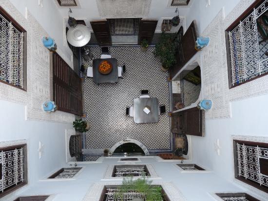 Riad Boujloud: Cour intérieure du riad Boujloud