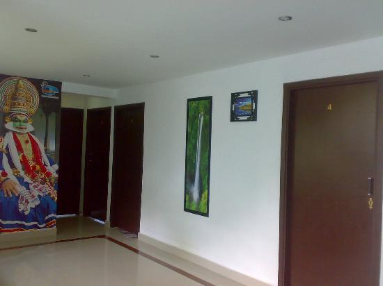 Seaside Residency: lobby area