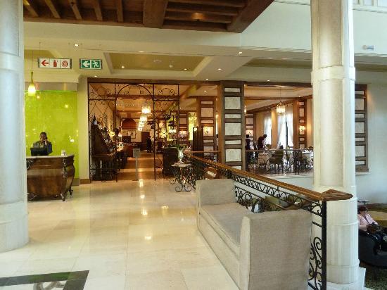 Southern Sun Montecasino: Lobby