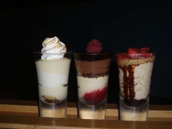 La Mar Cebicheria Peruana: Trio de Postres Desserts