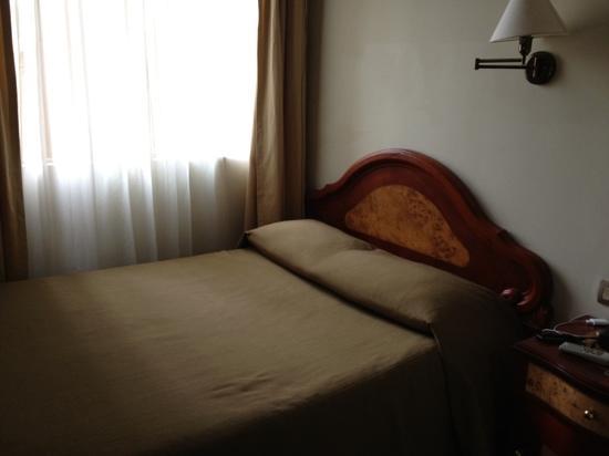Hotel Continental Lima : habitación