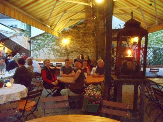 Hotel Obermaier: Dinner in the Garden