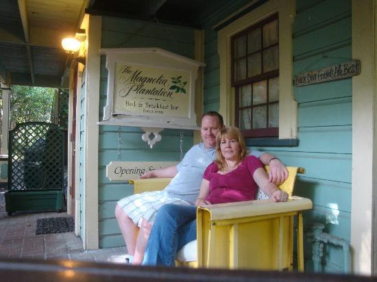 The Magnolia Plantation Bed and Breakfast Inn: FRONT OF THE CARRIAGE HOUSE