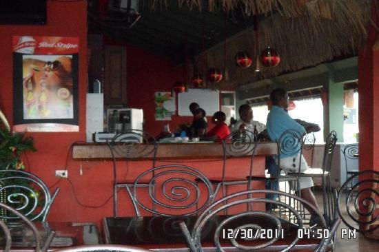 Jerky's Bar & Grill: Jerky's Mobay