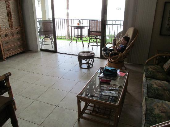 Kihei Beach: #205 living room