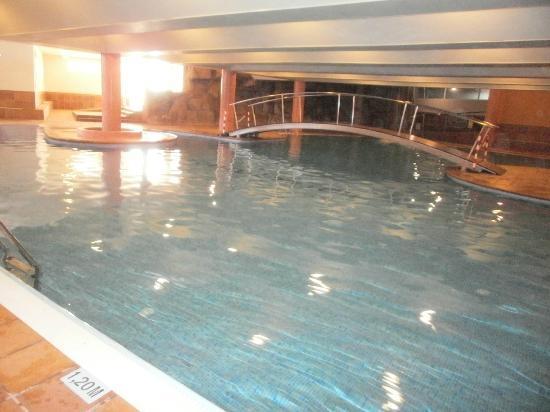 Piscina climatizada fotograf a de jaime i hotel salou tripadvisor - Hoteles con piscina climatizada en madrid ...