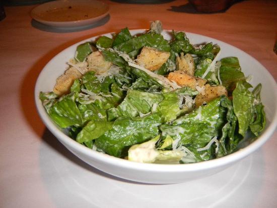Romano's Macaroni Grill: Green salad