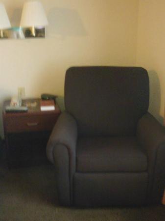 Candlewood Suites Richmond West End Short Pump: Easy chair