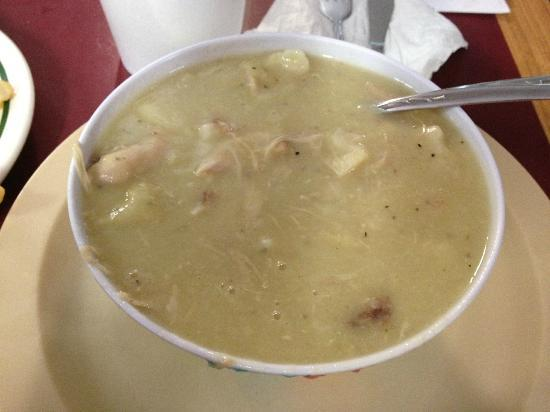 Mann's Grill: Chicken & Dumplings