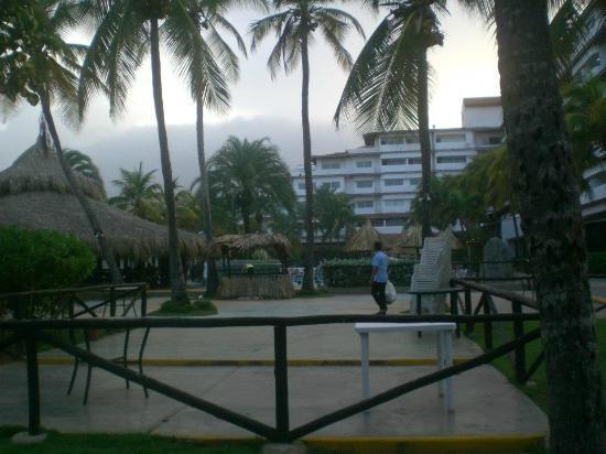 Isla Caribe Beach Hotel: vista de la playa