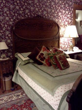Bonnie Dwaine Bed and Breakfast: Blake Room