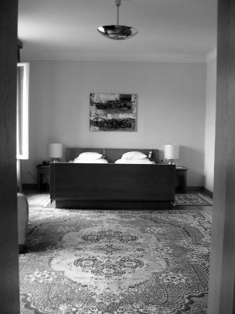 Vila Bled: Huge rooms & we love the old school trouser press!