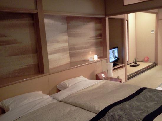 Narashinonosato Gyokusui: 和モダンスタンダードルームのベッド
