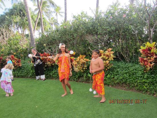 Hale Koa Hotel : Luau show