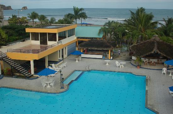 Atacames, Ecuador: Club del Sol, one couldn't be closer to the beach