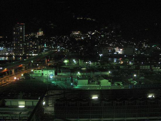 JR Kyushu Hotel Nagasaki: 部屋からの夜景