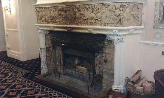 Fireplace In Lounge Picture Of Mercure Newbury Elcot Park Hotel Newbury Tripadvisor