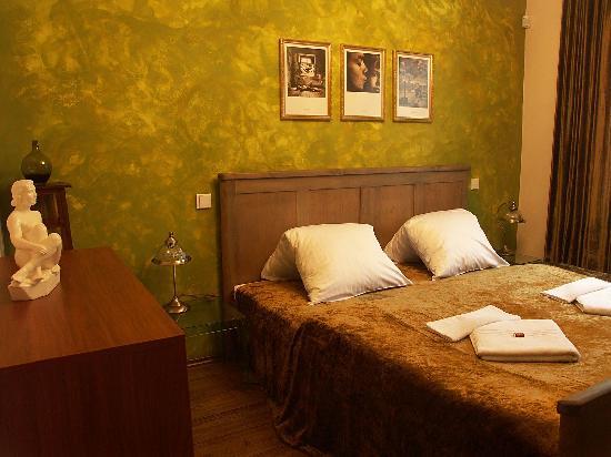 Hotel ForRest: Interior Room #3