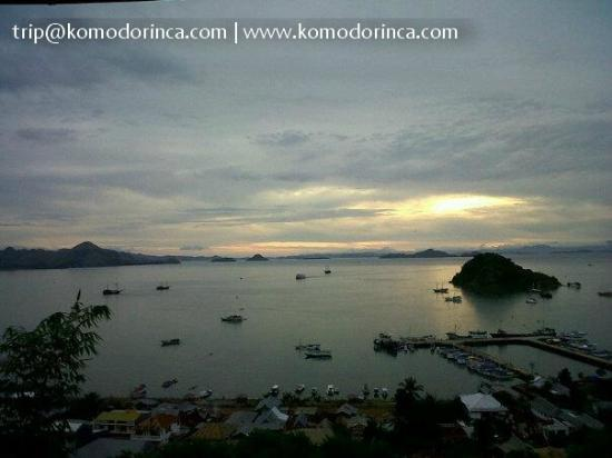 Bayview Gardens Hotel : evening view of Labuan Bajo harbor from the room's terrace