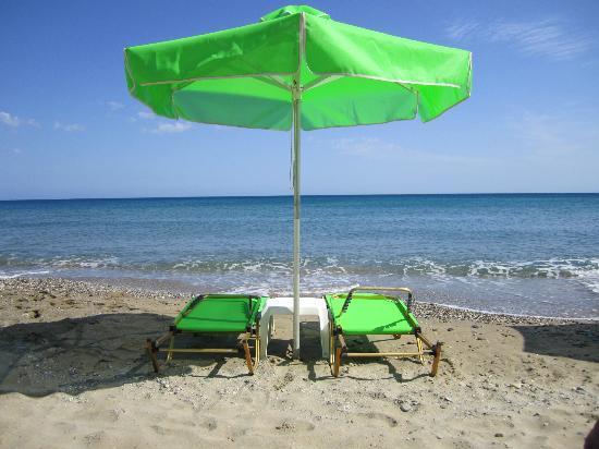 Kleoniki Mare: Beach
