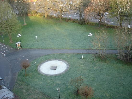 BEST WESTERN Park Hotel Siegen: Blick aus dem Zimmer auf den Park direkt hinter dem Hotel
