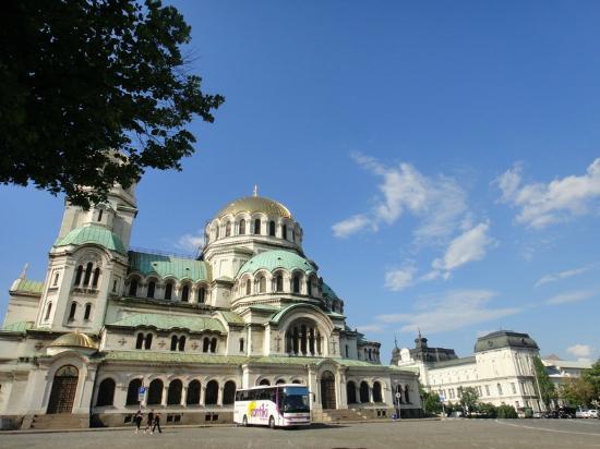 Iglesia de Alexander Nevski: アレキサンダーネフスキ寺院