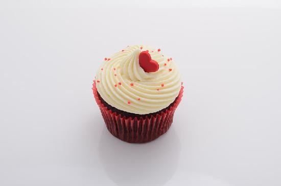 Red Velvet Cupcake - Picture of Cupcake Love, Bangkok ...