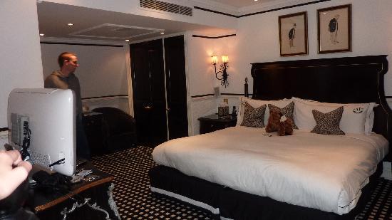 Hotel 41: second floor bedroom
