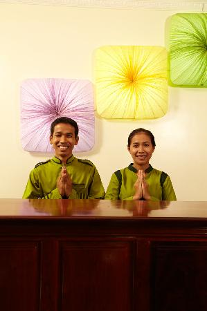 Siem Reap Evergreen Hotel: Front Desk