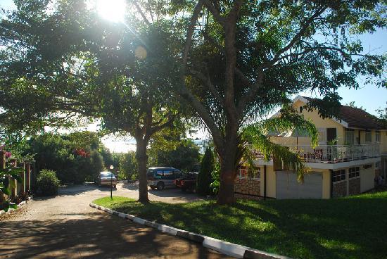 Entebbe, Uganda: Karibu