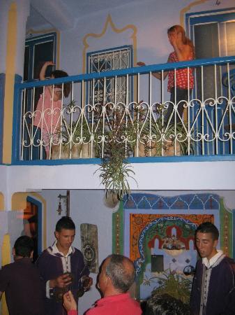 Hotel Dar Terrae: cortile interno dell'hotel dove affacciano le camere