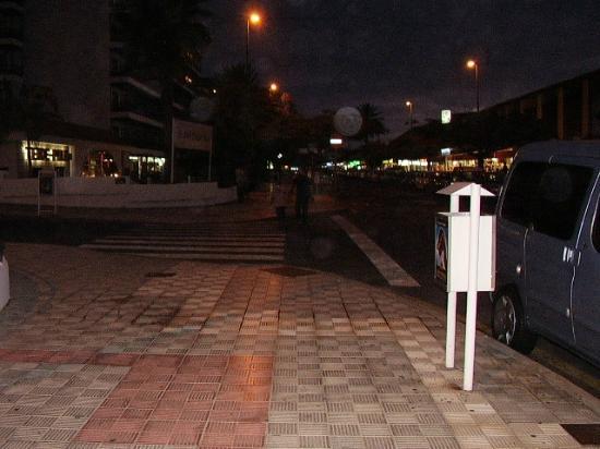 Paseo nocturno picture of hotasa puerto resort canarife - Hotel canarife palace puerto de la cruz ...