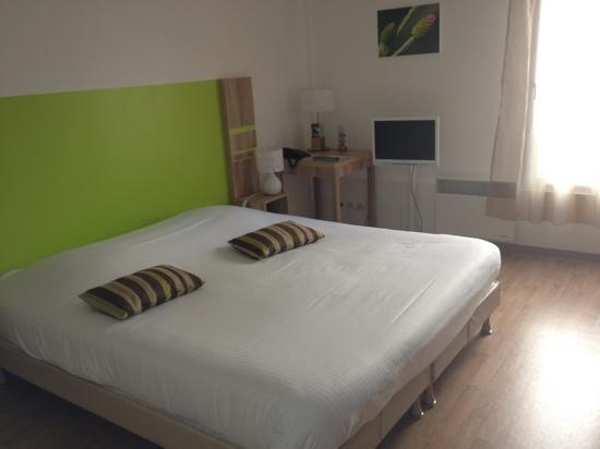 Appart'City Confort Nantes Centre: bedroom