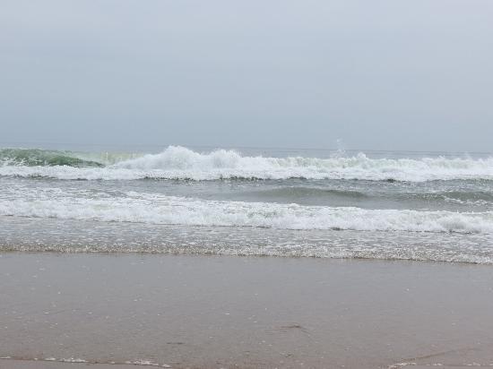 Marconi Beach: HUGE waves