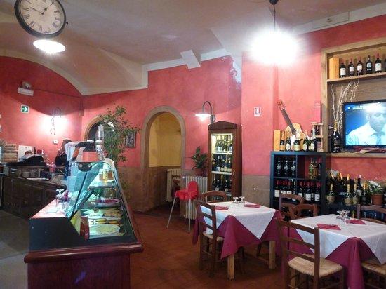 La Credenza Castelnuovo Garfagnana : Pranzo di pasqua recensioni su pizzeria il centro castelnuovo