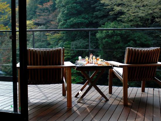 Arcana Izu : terrace /river wing suite