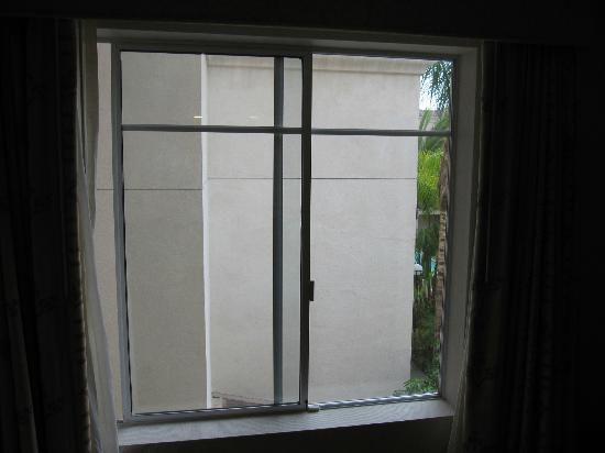 "HYATT house San Diego/Sorrento Mesa: ""Your room is facing the courtyard"", they said"