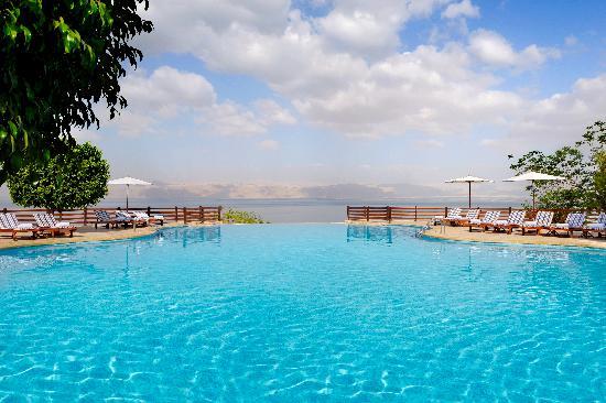Jordan Valley Marriott Resort & Spa: Infinity Pool