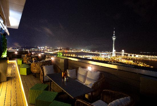 SKY21 Bar & Restaurant Macau