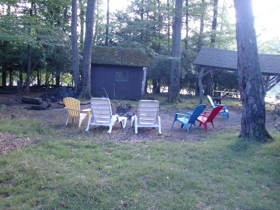 Keen Lake Camping and Cottage Resort: the fire pit