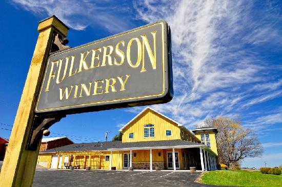 Fulkerson Winery: Our tasting room