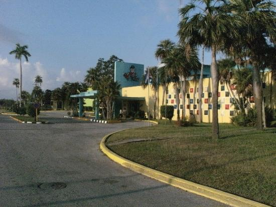Hotel El Colony: Zufahrt