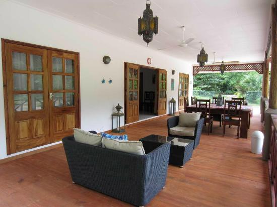 Paodise Guesthouse: Deck