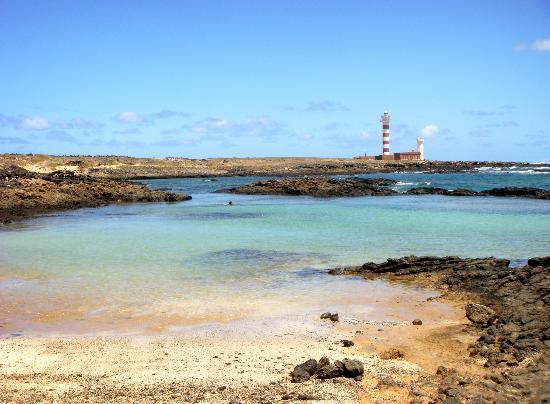 Lagunas y Playa de El Cotillo: Playa en las lagunas cerca del faro de El Cotillo